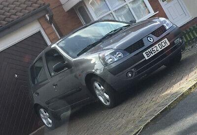 Renault Clio 1.2 16v in great condition **** IDEAL FIRST CAR **** Low Mileage