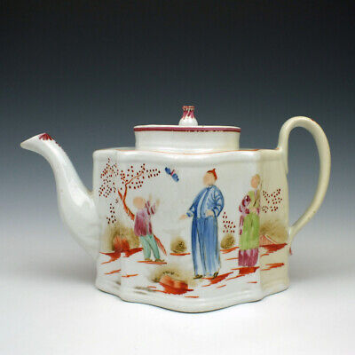 New Hall Boy and Butterfly Pattern 421 Porcelain Teapot c1815