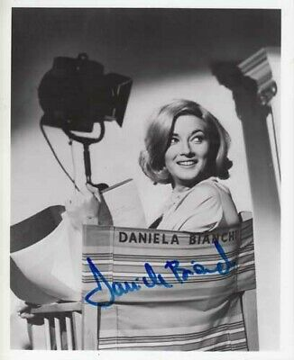Daniela Bianchi 007 James Bond Authentic Autograph From Russia With Love Rarity!