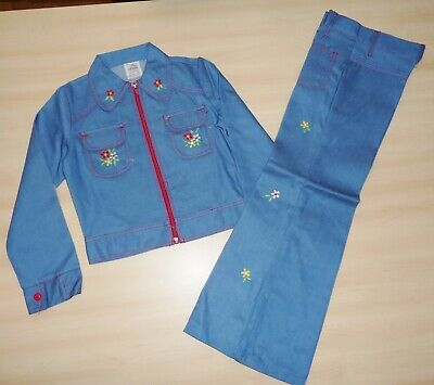 VINTAGE UNWORN 70's GIRLS BLUE FLORAL DETAIL DENIM JACKET & TROUSER SUIT AGE 10