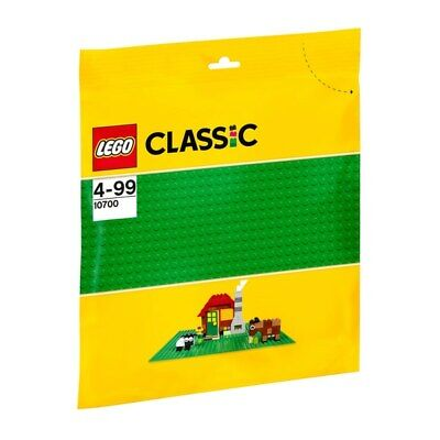 "Lego 10700 Classic Base Extra Large Building Plate 10"" x 10"", 32 x 32. Green"