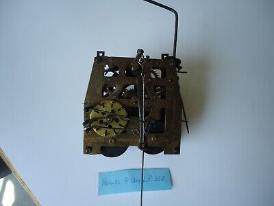 Vintage 8 Day Cuckoo Clock Movement for parts or repair L.P. 33Z.