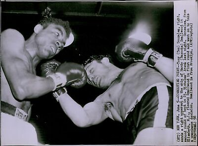 LG706 1964 WIRE Photo TONY GIBSON vs GABRIEL FERRONEZ Boxing Hard
