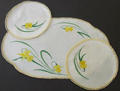 Hand Embroidered Vintage Duchess Set - Yellow Daffodils - Crocheted Edging