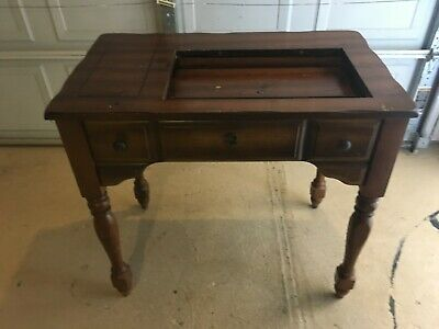 "Singer 1980s Modern Sewing Machine Wood Table only 33.5"" W x 20.5 L"" x 31"" H"