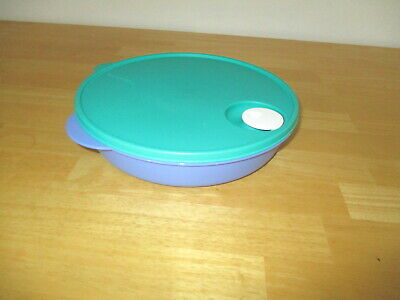"Tupperware Divided Dish 10"" Vented Lid Blue/Green Lid #3284A"