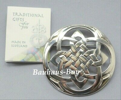 Art Pewter KILT PLAID BROOCH PEWTER LARGE CELTIC KNOTWORK MADE IN SCOTLAND BOXED