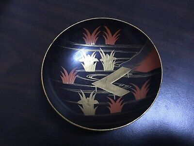 Japanese antique  lacquer Ware Plate Lid of Bowl Wooden with MAKIE Flower