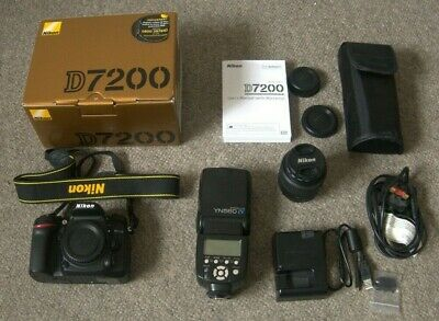 Nikon D7200 24.2MP Digital SLR Camera - Black Kit. VR 18-55mm Lens + Extras