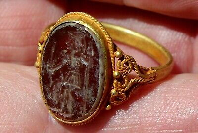 Very Old 22K Solid Yellow Gold Ring With Carnelian Stone Intaglio Of Emperor