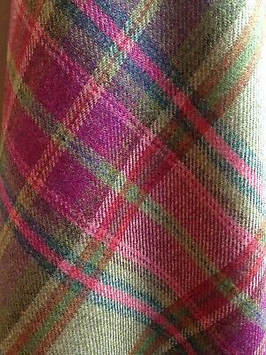TRADITIONAL WOOL TARTAN TWEED FABRIC WOVEN IN SCOTLAND  140x50cm - GREEN/PINK