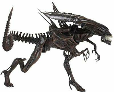 Aliens Resurrection Xenomorph Queen Ultra Deluxe Figure by NECA