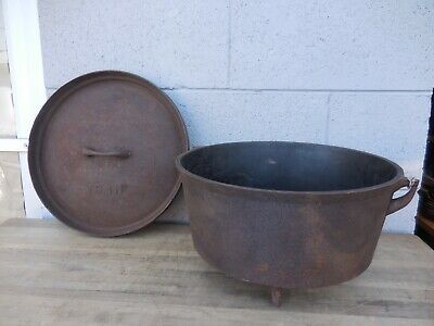 """Antique 13"""" Camp Dutch Oven Cast Iron Spider - Gate Mark - Large 1800's - Nice"""