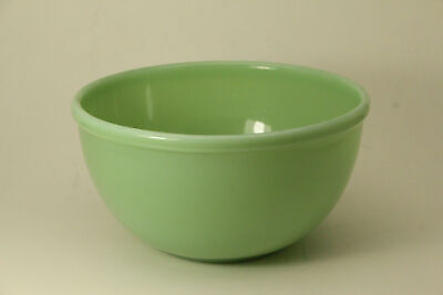 "1945-Mid 1950s Jadeite Beaded Edge Oven Ware Fire King 7"" Bowl (ANT2720)"