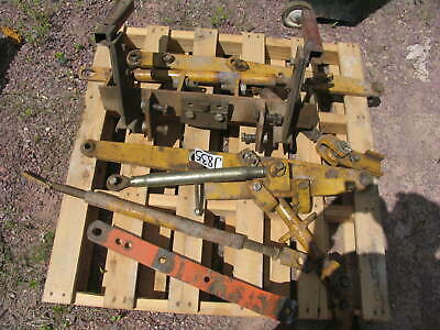 Allis Chalmers Tractor D17 3 Point Hitch 3 pt