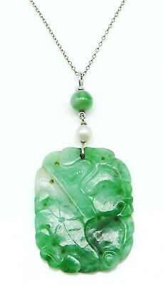 VINTAGE Solid 18k White Gold / Carved Chinese Jade Pendant Ladies Necklace