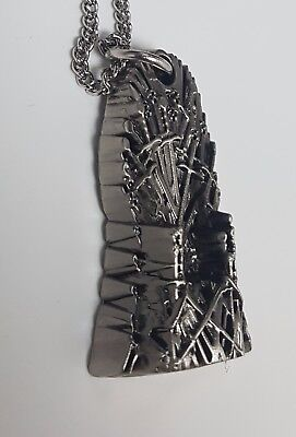 Game of Thrones Old Iron Throne Pendant Silver Necklace Fantasy Sci-Fi Kings 3D