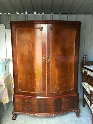 Antique Flame Mahogany Chippendale style 'Gents' Wardrobe w Chest of drawers!