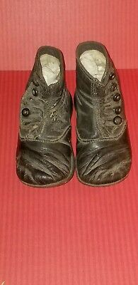 ANTIQUE BLACK LEATHER CHILD'S HIGH BUTTON SHOES used