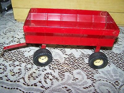 VINTAGE ERTL  Stamped Steel Red Trailer Flared Toy Wagon with Tailgate Used
