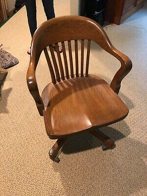 Gunlocke Style Antique Swivel Bankers Chair Vintage Lawyer Doctor Wood Chair