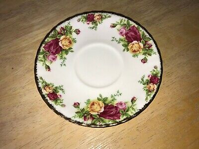 1 Royal Albert Old Country Roses 1962 Bone China Footed Cream Soup Bowl Saucer