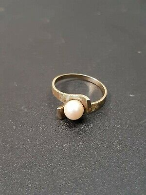 10K Yellow Gold Pearl Solitaire Ring Size 5.5 Vintage gold ring