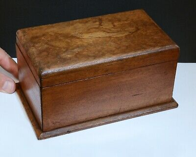 Charming Vintage Wooden Box with Hinged Lid - Size 18.5 x 11.5 x 9cms. Character