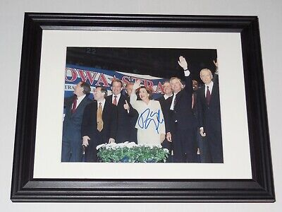 Dan Quayle Autographed 8X10 Color Photo (Framed & Matted) - Vice President!
