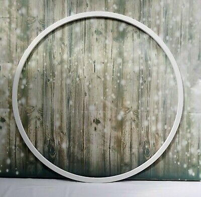 60 cm WHITE PAINTED WOODEN HOOP FOR WEDDING CAKE STAND