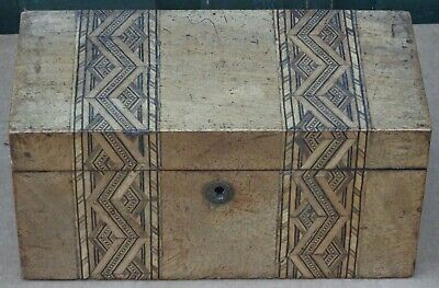 Super Looking Old Small Wooden Inlaid Tea Caddy