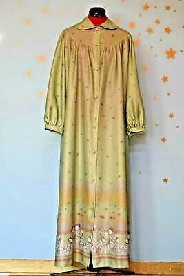 70s vintage housecoat/ dressing gown