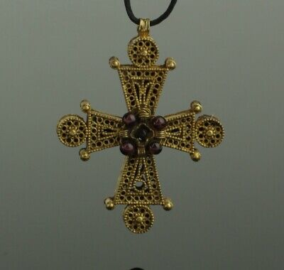 BEAUTIFUL ANCIENT BYZANTINE GOLD & GARNET CROSS CIRCA - 9th Century AD  022