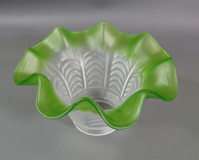 1880 Victorian Green Ruffled Rim Fluted Satin Frosted Glass Oil Lamp Light Shade