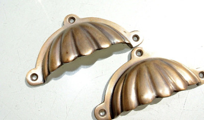 2 heavy shell shape pulls handle solid pure brass vintage retro 4""
