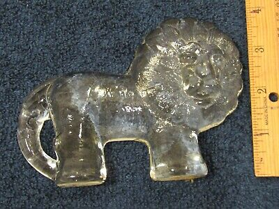 Vintage Clear Crystal Glass Heavy Lion Shaped Toscany Paper Weight