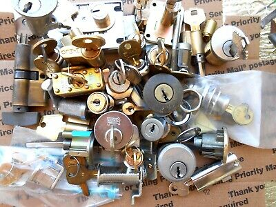 6.9  Lbs  Lock cylinders, locks, parts.. Some new w/keys Locksmith,Student ...