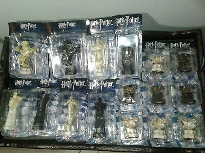 Harry Potter Wizard's Chess Piece Replica 16 Pc Set Brand New Fast Shipping!