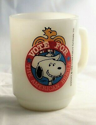 Vintage Anchor Hocking 1980 Snoopy Vote For The American Beagle Collectors Mug