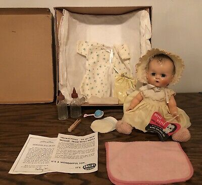 Vintage Early HTF Betsy Wetsy Cries Real Tears Blows Nose w/ Box Lot