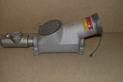 ^^ Crouse Hinds Bhr3583 Nw Amps Explosion Proof Receptacle (E17) - New