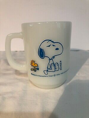 Vintage Fire King / Anchor Hocking  Snoopy Not worth a Thing Coffee MUG CUP