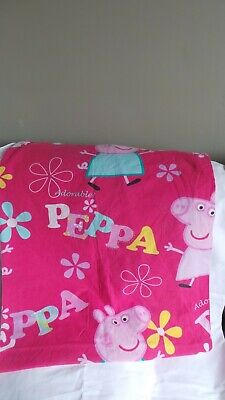 Girls Peppa Pig single quilt cover in very good clean condition