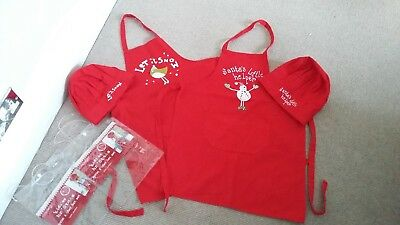 2 children's christmas apron and chef hat set great used condition