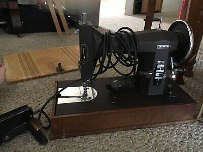 1950s Vintage Kenmore(Sears and Roebuck's), Sewing Machine With 4 Drawer Case.