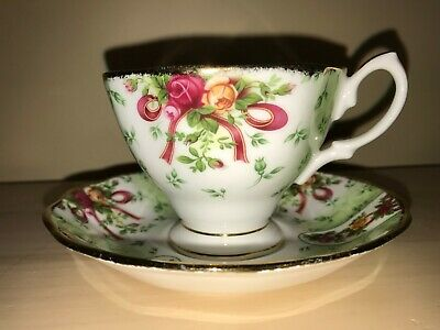 Royal Albert Old Country Roses Ruby Celebration Ribbon Green Damask Cup & Saucer
