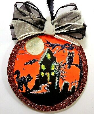 Hand Made HAUNTED HOUSE BLK CAT MOON   glittered WOOD SLICE HALLOWEEN Ornament