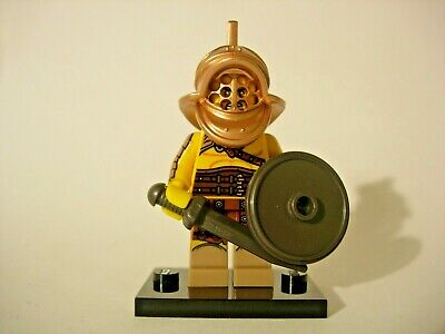 LEGO 8805 Brand New Displayed #2 Roman Gladiator Collectible Minifigure Series 5