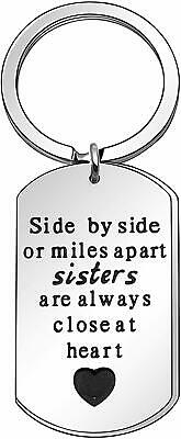 "Targhetta in acciaio inox con scritta""Side by Side or Miles Apart Sisters are"