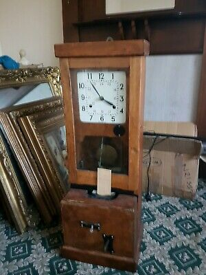 Oak Cased Time Recorder / Clocking In Machine